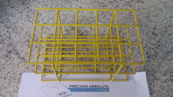 Estante em arame para 24 Tubos De Ensaio c/14 mm de diametro cobertura em PVC - Cor AMARELA