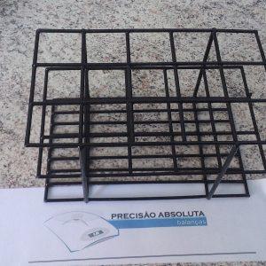Estante em arame para 40 Tubos De Ensaio c/20 mm de diametro cobertura em PVC - Cor PRETA